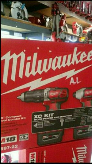 MILWAUKEE M18 18V LITHIUM ION CORDLESS HAMMER DRILL/IMPACT DRIVER COMBO KIT WITH TWO 3.0 AH BATTERIES CHARGER BAG (2 TOOL) for Sale in San Bernardino, CA