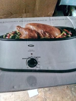 Oster turkey roaster oven for Sale in Lynwood, CA