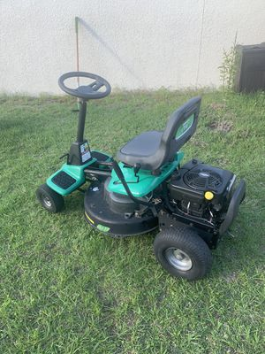 Weedeater One 261 Riding Lawn Mower for Sale in Poinciana, FL