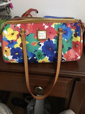 Dooney &Bourke satchel shoulder bag for Sale in Alexandria, VA