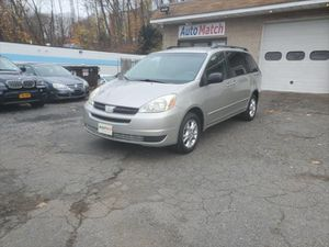 2005 Toyota Sienna for Sale in Waterbury, CT