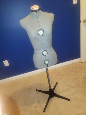 Singer adjustable dress form...Never used for Sale in Glenn Dale, MD