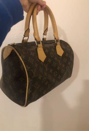 Louis Vuitton speedy bag for Sale in Tacoma, WA