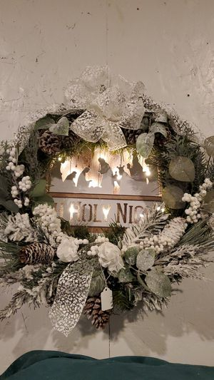 "Oh Holy Night Christmas Wreath, New Made at Curtis Country Battery Light up 22"" for Sale in Spanaway, WA"