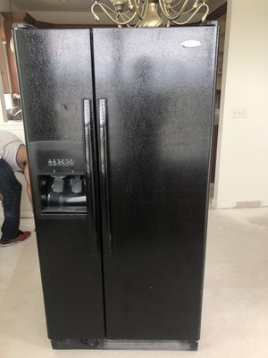 Whirlpool four piece appliance set for Sale in Matawan, NJ