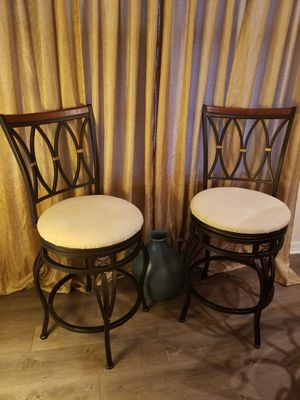 Mid height bar stools for Sale in Melbourne, FL
