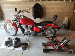Honda Shadow 750 for Sale in Valley View, OH