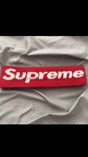 Supreme new era headband red for Sale in Queens, NY