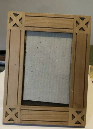 Wooden Picture Frame 4 x 6 Cut Wood Design Beautiful Home Decor for Sale in Pomona, CA