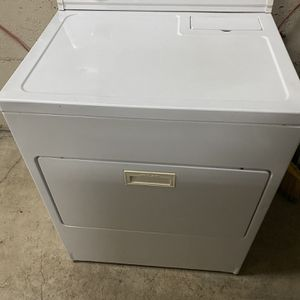 Whirlpool Electric Dryer for Sale in Happy Valley, OR