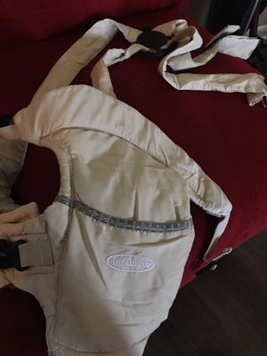 Baby infant carrier for Sale in Silver Spring, MD