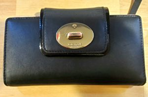 Genuine Kate Spade leather wallet for Sale in Painesville, OH
