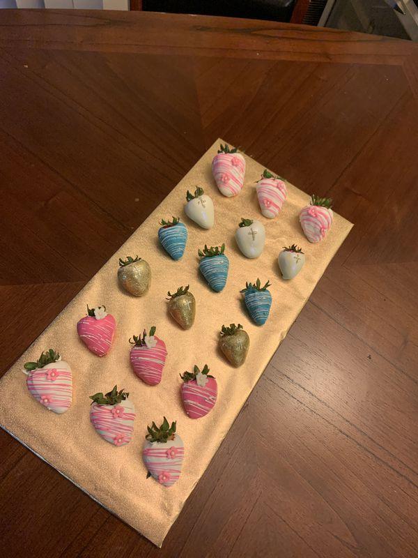 Strawberries,macarrons, cake pops
