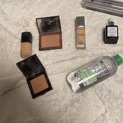 Makeup Barey Ever Used for Sale in Saugus,  MA
