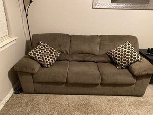 Couch for Sale in El Paso, TX