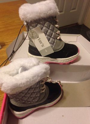 Carters Girl snow boots size 6t for Sale in Seaford, DE