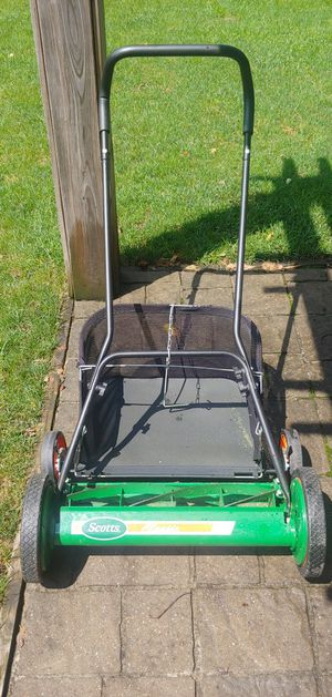 Two Lawn mowers for Sale in Columbus, OH