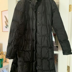 The north face women's parka for Sale in Denver, CO