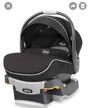 Chicco Car seat for Sale in Stony Brook, NY