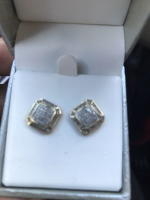 Gold and diamond screw back earrings for Sale in Cleveland, OH
