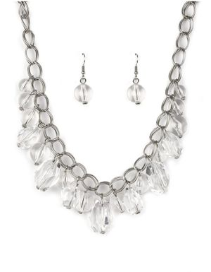 Accessorize and look fab and chic on a budget for Sale in Miramar, FL