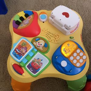 Baby learning table for Sale in Moreno Valley, CA
