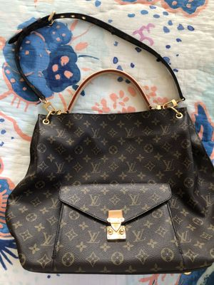 Authentic Louis Vuitton Metis hobo for Sale in Trabuco Canyon, CA