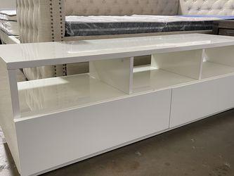 White Lacquer Tv stand ! for Sale in Costa Mesa,  CA
