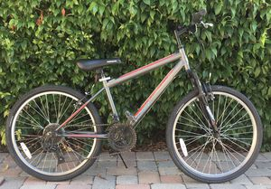 "18 speeds Roadmaster GranitePeak 24"" Mountain Bike with New Tires for Sale in San Diego, CA"