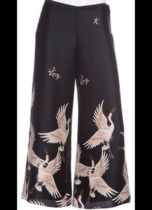Zara woman Black Satin bird pants size L for Sale in Los Angeles, CA