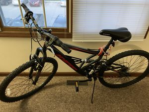 "Hyper 26"" Shocker Men's Dual Suspension Mountain Bike, Black It's almost brand new Brand new in $124 at Walmart Condition: Like new for Sale in Warsaw, IN"