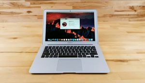 Apple Macbook Air Retina 13inch early 2014 for Sale in Chicago, IL