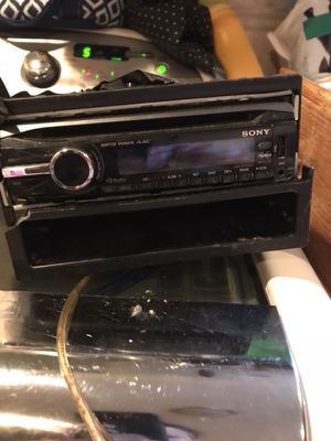 Sony mp3 ,cd,H.D. radio USB and Aux and remote tv CD player for Sale in Philadelphia, PA