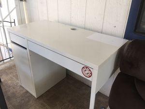 IKEA desk for Sale in Garden Grove, CA