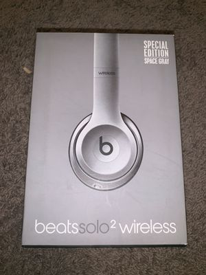 Beats Solo 2 Wireless Special Edition Space Gray for Sale in Brandon, FL
