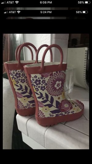 Girl's Rainboots for Sale in Fresno, CA