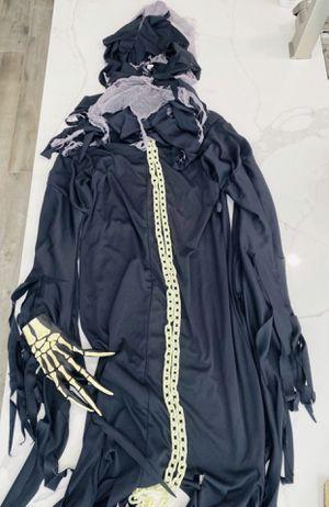 Halloween Costume - (4 piece) The Reaper for Sale in San Dimas, CA