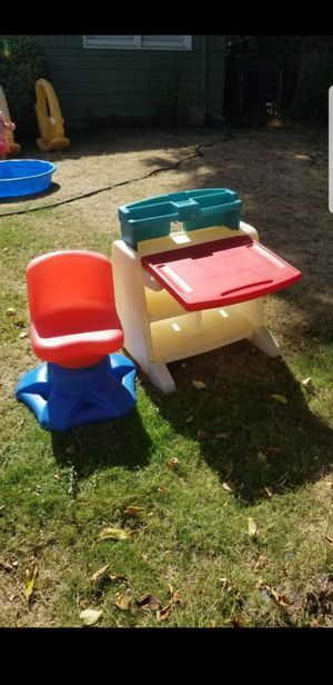 Little kids Desk and chair for Sale in Portland, OR