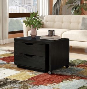 Lift top coffee table with storage for Sale in Seattle, WA
