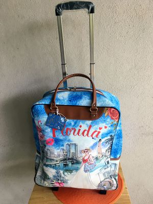 Carry on bag / weekend travel bag for Sale in Clearwater, FL