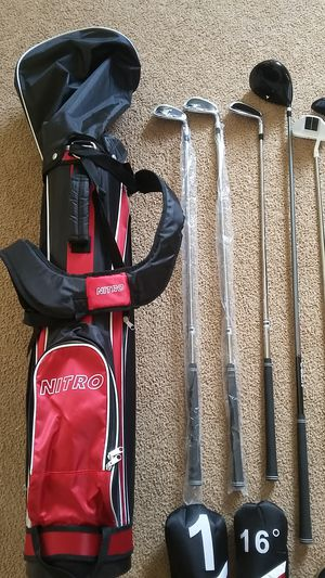 NITRO GOLF CLUBS AND BAG. for Sale in Moreno Valley, CA