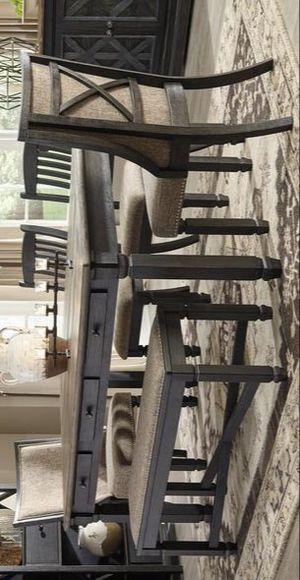 Tyler Creek Black/Gray Dining Room Set | D736 for Sale in Pflugerville, TX