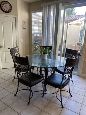 Kitchen dining table set for Sale in Rancho Cordova, CA