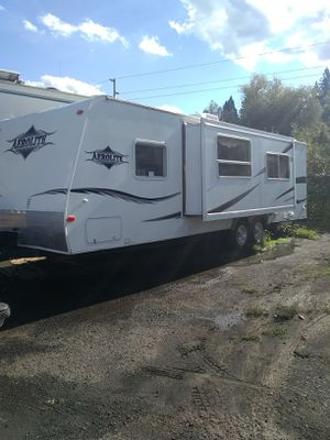 2006 30 ft aerolite super slide travel trailer for Sale in Portland, OR