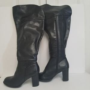 Black tall block heel boots size 9 W for Sale in Powder Springs, GA