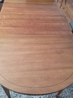 """92"""" Dining Table Set With 2 Leafs & 4 Chairs for Sale in Cuyahoga Falls,  OH"""