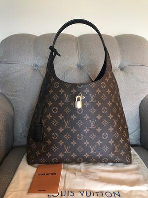 Louis Vuitton LV Bag Monogram Flower Hobo Purse Handbag for Sale in Warrenville, IL