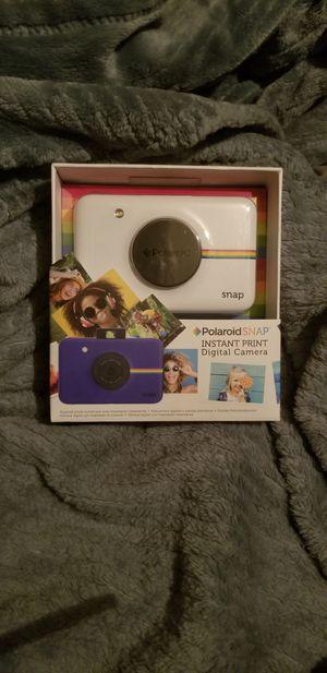 Polaroid - Snap 10.0-Megapixel Digital Camera - White for Sale in Colorado Springs, CO