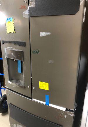 GE Refrigerator model GYE22HMKJES New with warranty for Sale in Palm Beach Gardens, FL