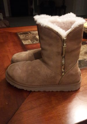 UGG kids boots for Sale in Niagara Falls, NY
